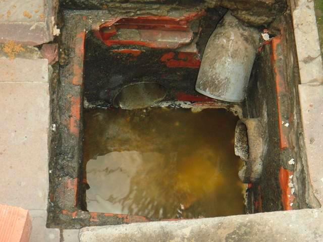 Vaciado y limpieza de arquetas en Torrent